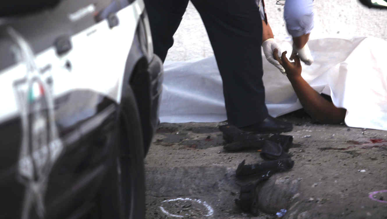 Investigación de un asesinato en Tijuana en 2009.