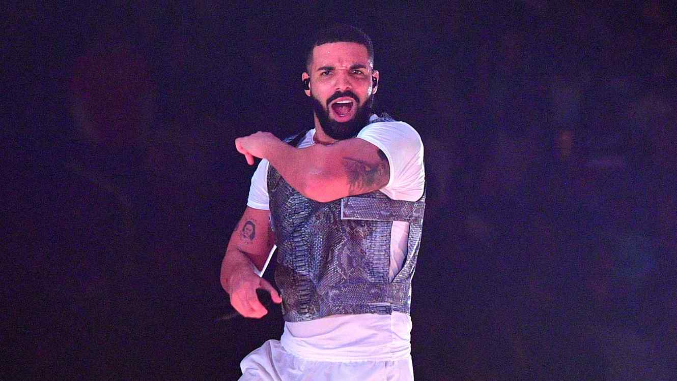 2018 in Charts: Drake Is Top Artist & Taylor Swift's