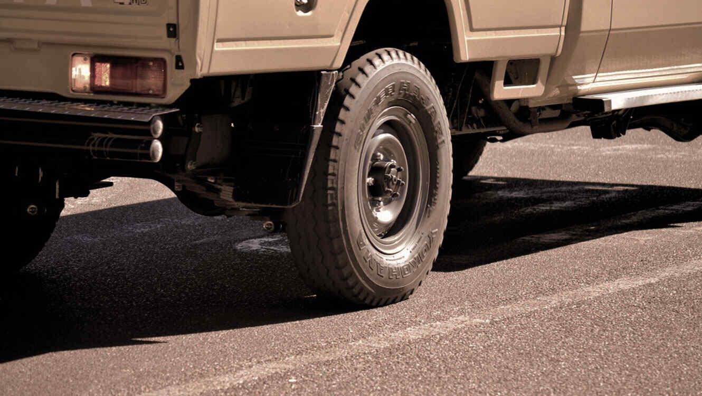 camionet asfalto