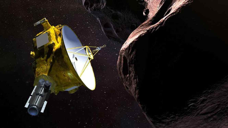 Una representación artística de New Horizons visitando Ultima Thule.