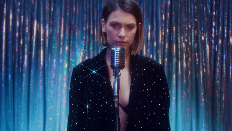 """Model in Bad Bunny's """"Solo de Mi"""" video"""