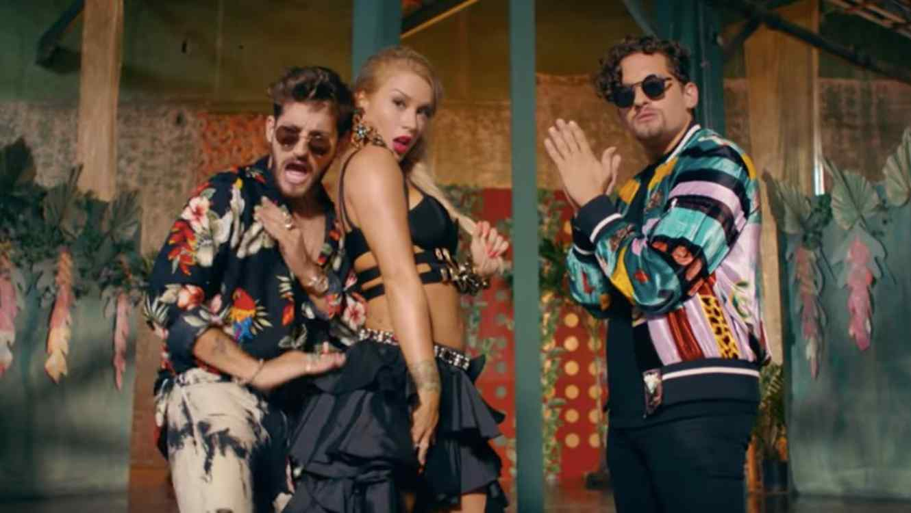 Leslie Shaw presents new collaboration with Mau y Ricky.