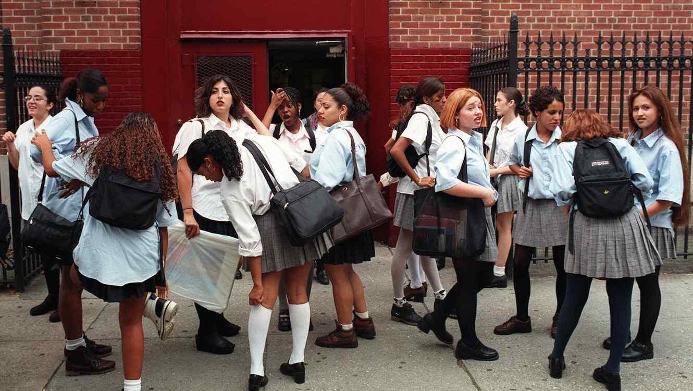 3130ed512 Obligar a las niñas a vestir falda en la escuela es ilegal, según un ...