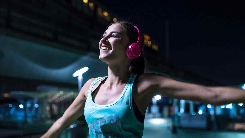 El ejercicio sí trae la felicidad, según estudio.