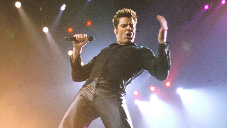 Cumpleanos Feliz Ricky Martin.Ricky Martin S Ricky Martin Turns 20 All The Songs Ranked