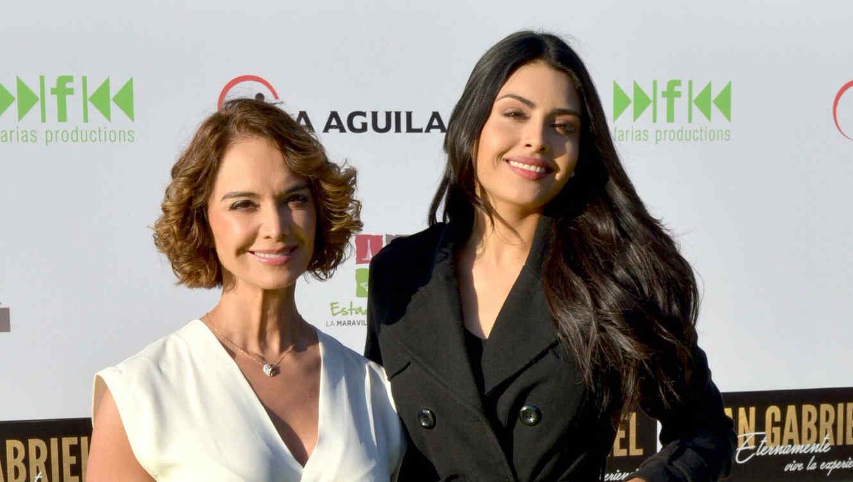 Lupita Jones con Kristal Silva