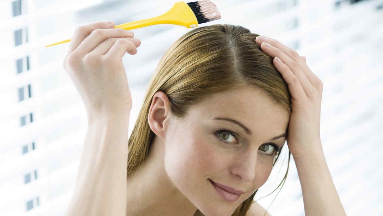 Peligros de decolorarse el cabello