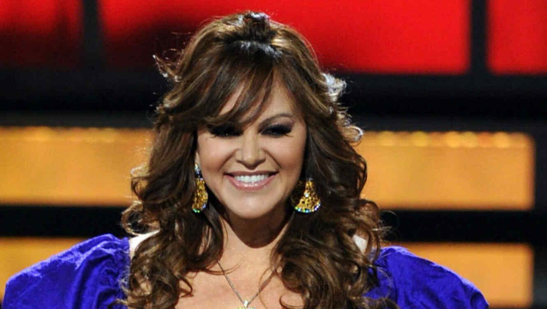 Jenni Rivera Estuvo Presente En La Boda De Chiquis Y Lorenzo