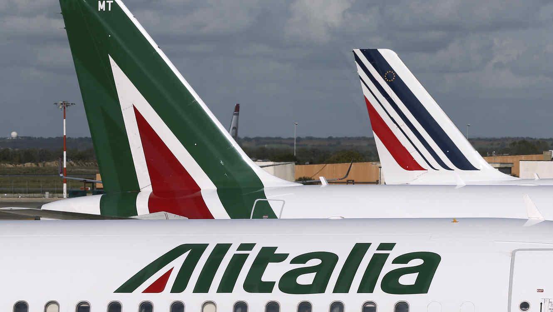 Imagen de archivo de avión de Alitalia en el aeropuerto de Fiumicino, en Roma.