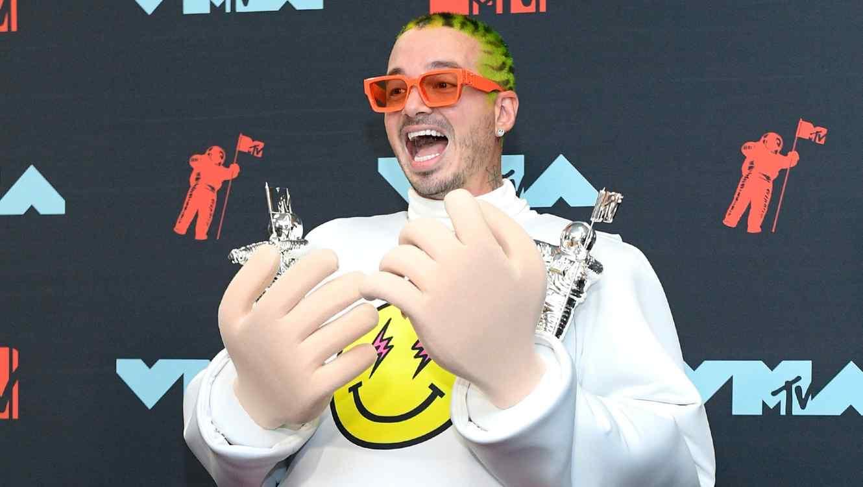 J Balvin wins at the 2019 MTV VMAs