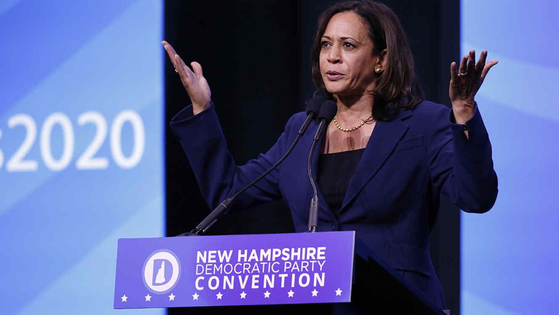 La precandidata demócrata Kamala Harris durante un encuentro con sus seguidores en New Hampshire.