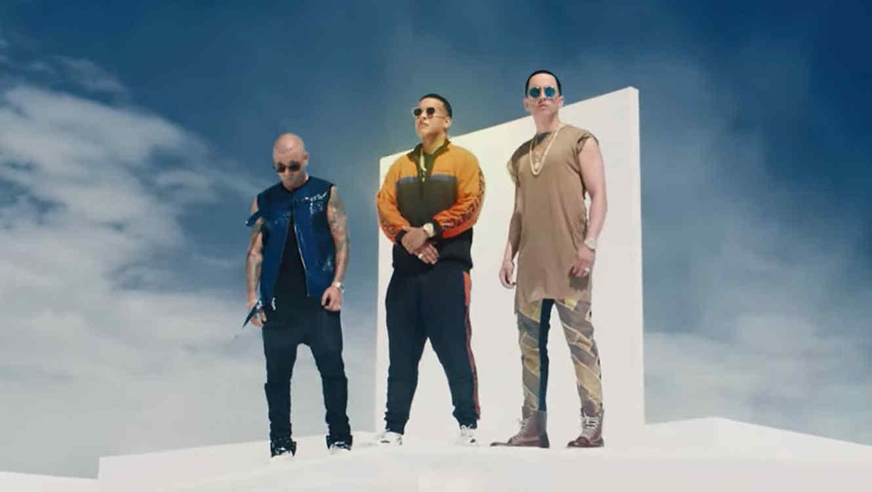 "Daddy Yankee music video ""Si Supiera"""