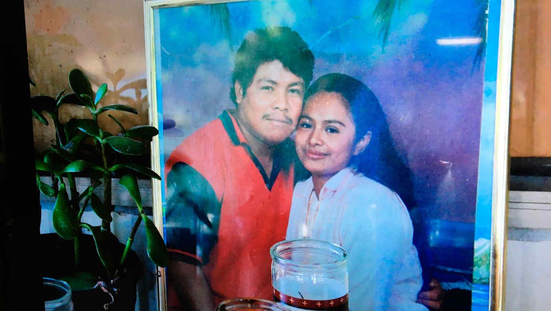 Ismael López y su esposa, Claudia Linares/Foto de AP