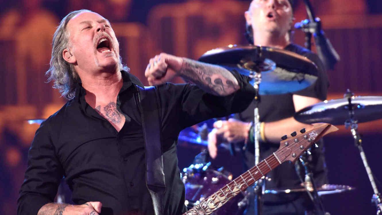 Metallica Dona 100000 Dólares A Los Afectados Por Los