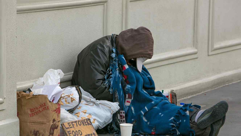 Una persona sin hogar en Las Vegas en 2015/Getty Images
