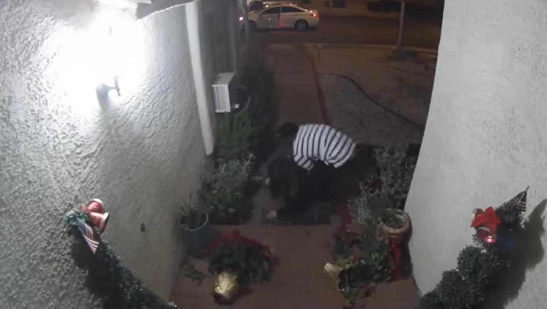 Mujer recibe golpiza de su pareja, en Las Vegas
