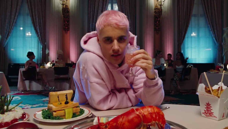 """Justin Bieber en el video de """"Yummy"""""""