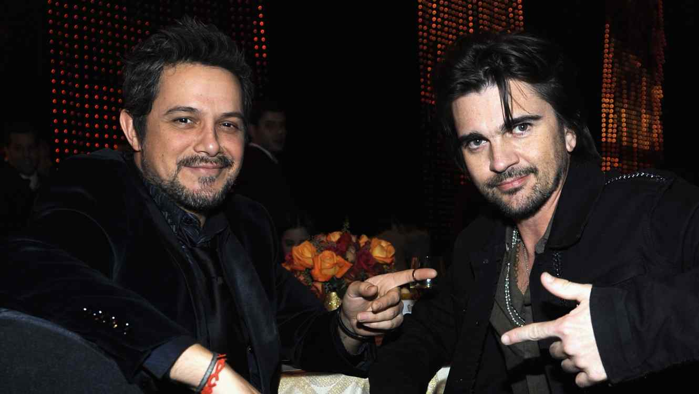 Alejandro Sanz and Juanes host concert together