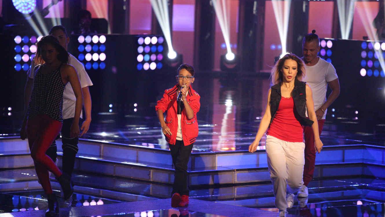 Jonael Santiago cantando en la segunda gala de La Voz Kids