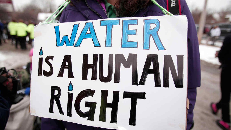 Cartel de protesta por el agua contaminada de Flint, Michigan