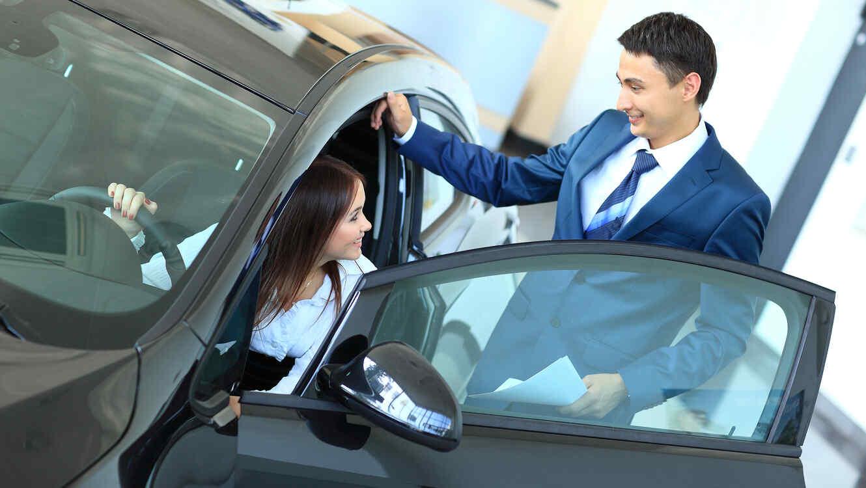 Mujeres y los autos: cómo lograr que no se aprovechen de ti ...