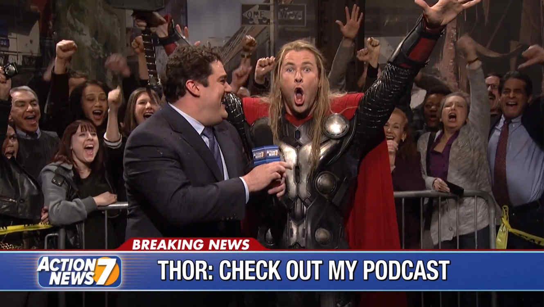 """Chris Hemsworth interpreta a """"Thor"""" en un sketch de los """"Avengers"""" en Saturday Night Live"""
