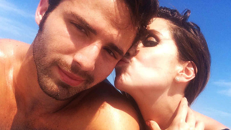 Andrea Escalona y Román Cámara en las playas de Miami