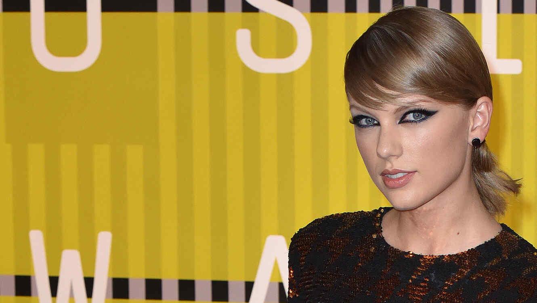 Taylor Swift en los VMAS 2015