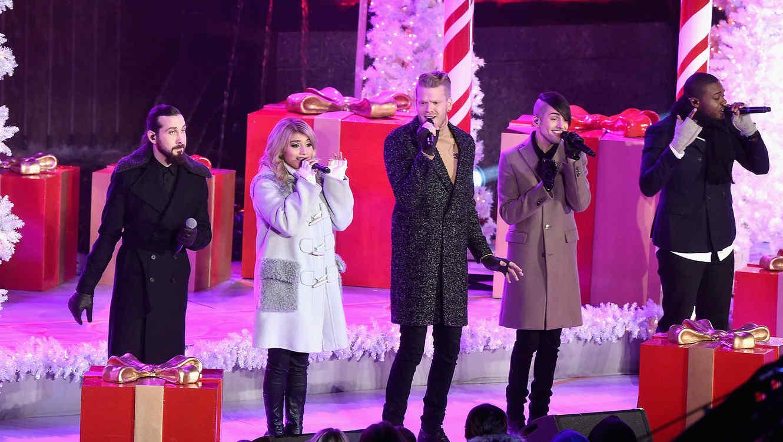 Pentatonix en el encendido del árbol de Navidad en Nueva York