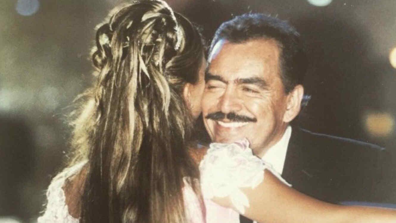 Joan Sebastian junto a Zarelea Figueroa