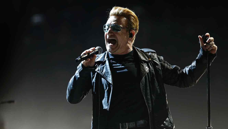 Bono-FRANCE-CONCERT-MUSIC-U2