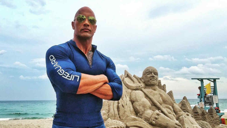 """Primeras fotos de Dwayne """"The Rock"""" Johnson en la película """"Baywatch"""""""