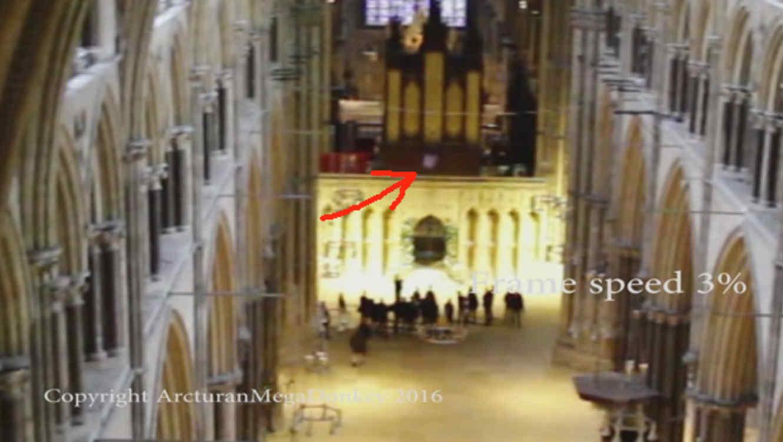 Aparece fantasma en la catedral de Lincoln en Inglaterra