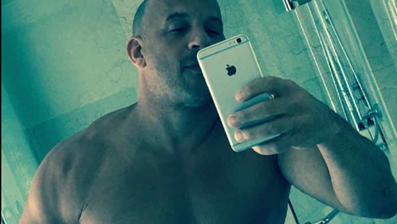Vin Diesel enciende las redes sociales con una reveladora selfie