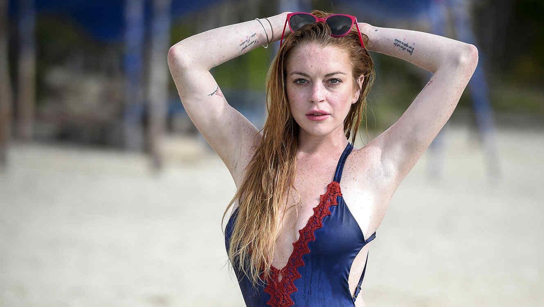 http://www.telemundo.com/sites/nbcutelemundo/files/styles/article_cover_image/public/images/promo/article/2016/06/28/lindsay-lohan-3-bikini.jpg?itok=SJJAexMQ