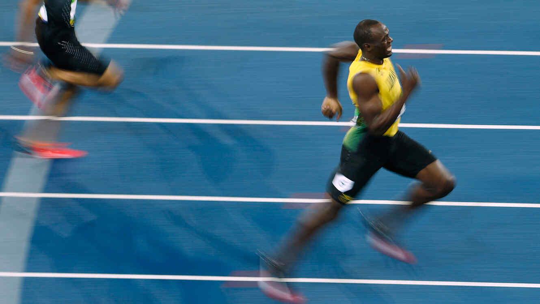 Usain Bolt corre 200 m en Rio 2016