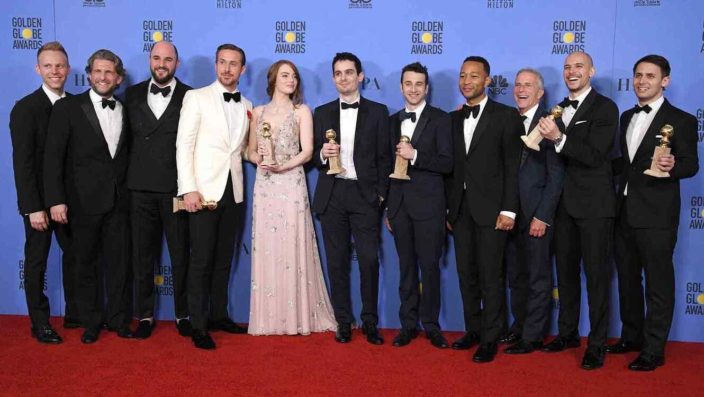 """El equipo de """"La La Land"""" en los Golden Globes 2017"""