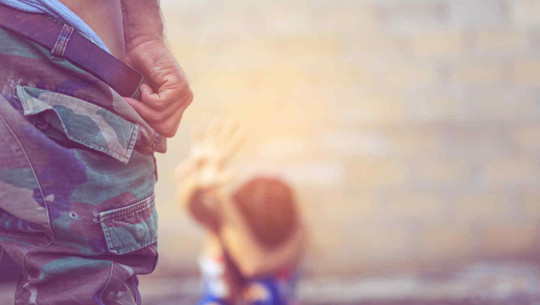 México: Revisó el celular de su pareja y descubrió que violaba a su hija de 8 años