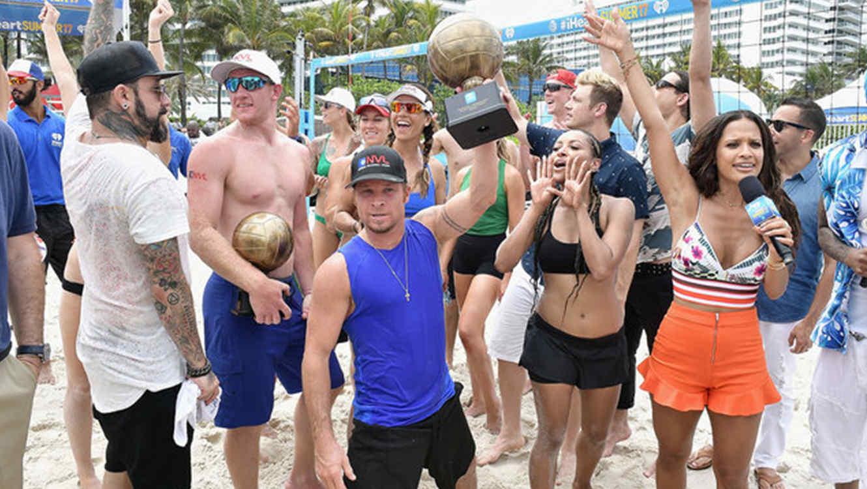 Backstreet Boys en el iHeartSummer Volleyball game