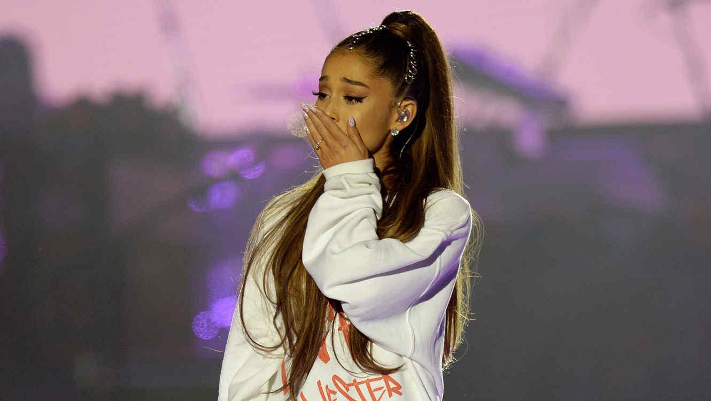 Ariana Grande en el concierto One Love Manchester