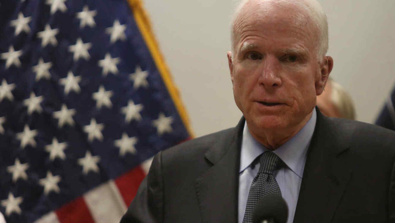 Image result for histórico senador republicano John McCain, afectado de cáncer cerebral