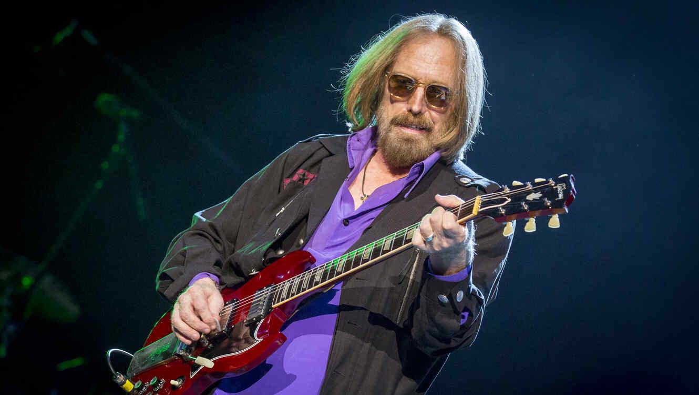 EEUU: Fallece músico Tom Petty a los 66 años tras ataque cardiaco