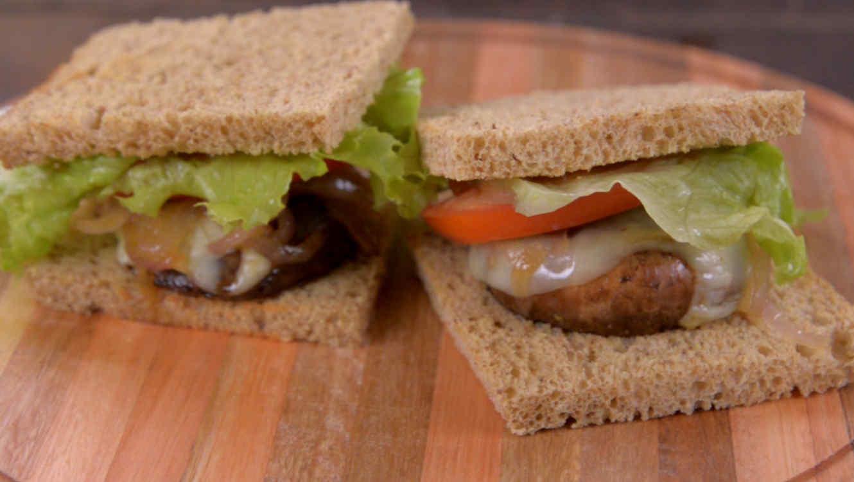 Sándwich vegetariano de portobellos