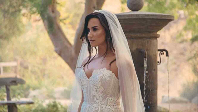 Resultado de imagen para Demi Lovato - Tell Me You Love Me