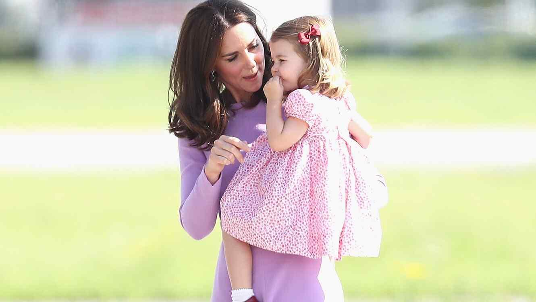 Kate Middleton y la princesa Carlota