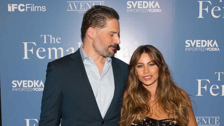"""Joe Manganiello y Sofía Vergara en la premiere de """"The Female Brain"""""""