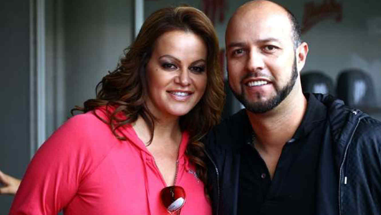 Jenni Rivera y Esteban Loaiza en una foto de archivo