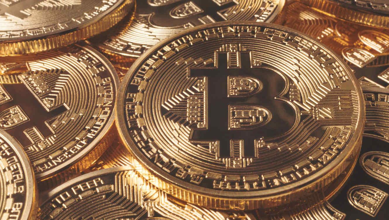 Moneda de Bitcoin dorada