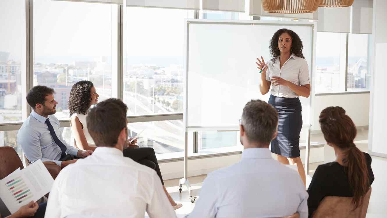 Características de una mujer de negocios