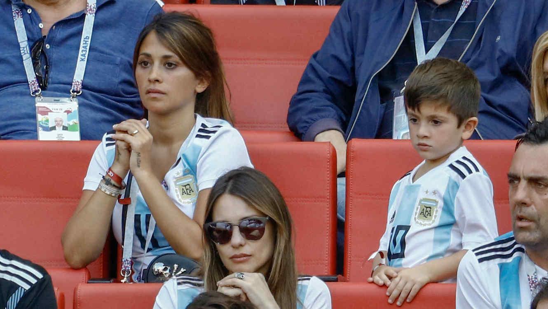 Antonella Roccuzzo con Thiago Messi